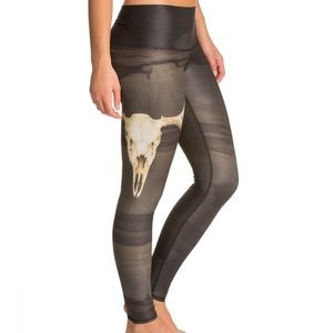 Teeki deer skull leggings